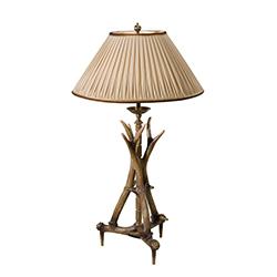european-classics-stagworks-antler-table-lamp